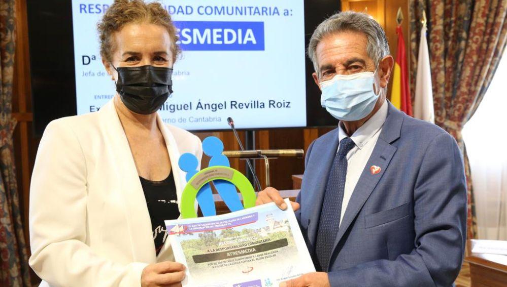 Atresmedia recibe un reconocimiento por su labor a favor de la lucha contra el acoso escolar