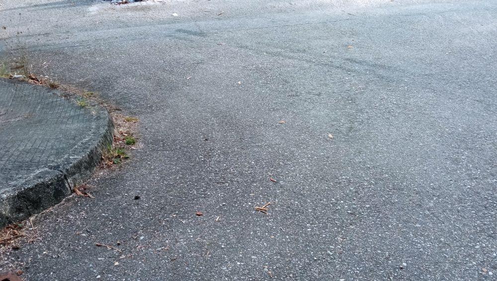 Carretera con socavones en Pontevedra