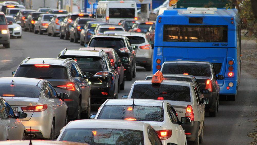 El uso irracional del coche en la ciudad tiene consecuencias negativas