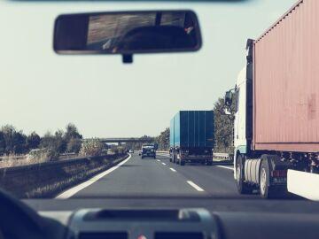 Aproximación a vehículos de transporte de mercancías