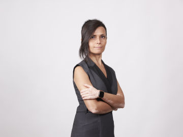 Esther Paniagua.